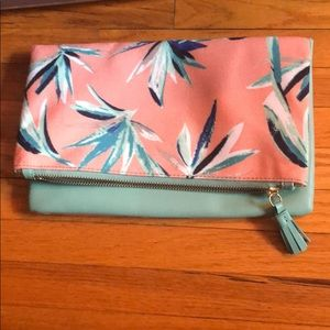 NWOT Rachel Polly folded clutch